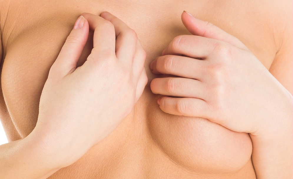 женская грудь ассиметричная, разного размера