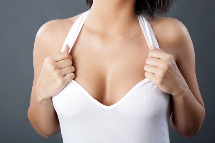 Черные точки на груди на сосках и грудной клетке как их убрать
