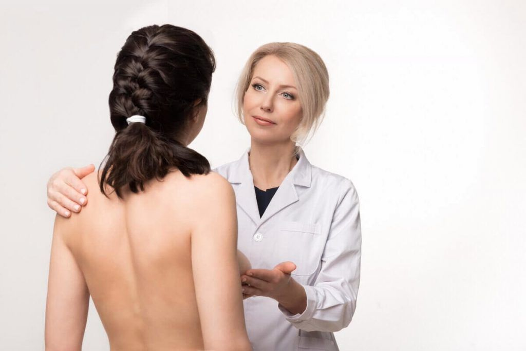причины асимметричной груди